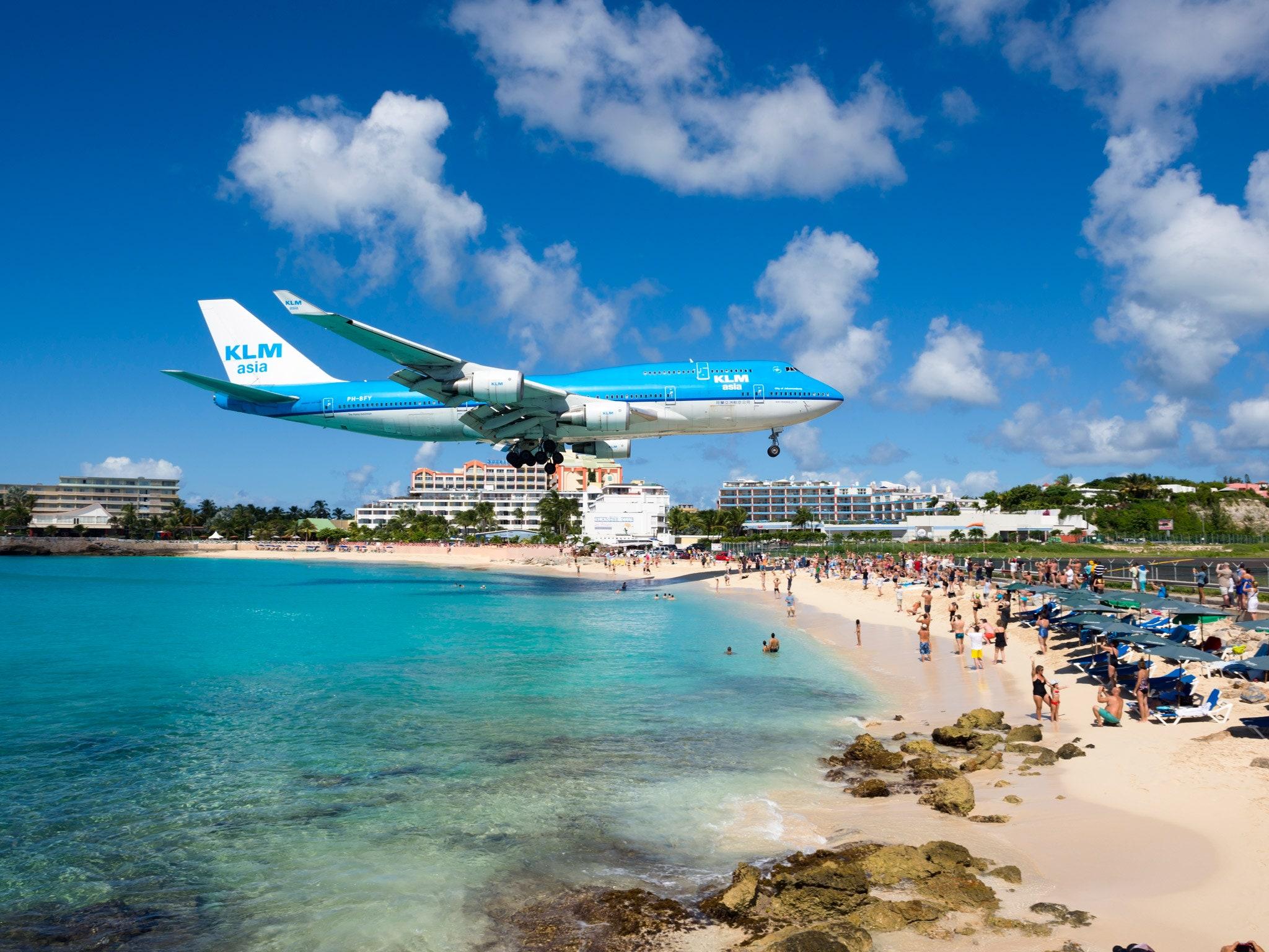 sint marteen bright path caribbean airplane