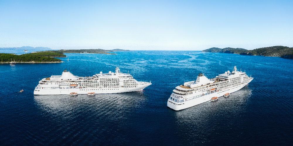 cruise ships island